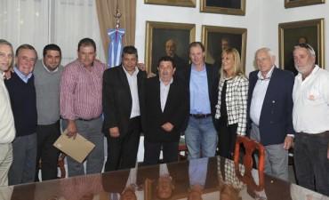 Bordet anunció Ley de Comunas y muestra que cumple con la Constitución 2008