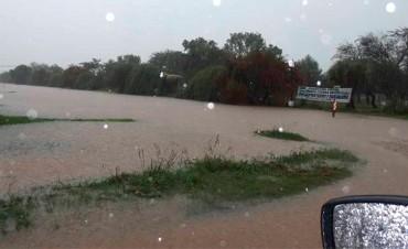 Por las intensas lluvias , el Municipio articulo acciones operativas y de monitoreo en barrios de Federal