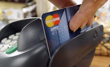 Tarjetas de crédito subieron tasa que cobran por compras en cuotas