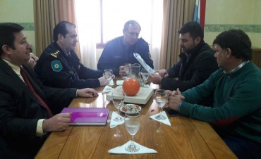 El Intendente Chapino se reunió con el Jefe de Policía de la Provincia