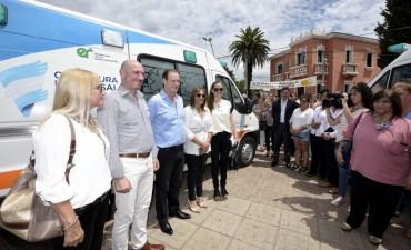 El Ministro Ariel de la Rosa confirmo que una Ambulancia 0 Km se incorpora al Hospital Urquiza