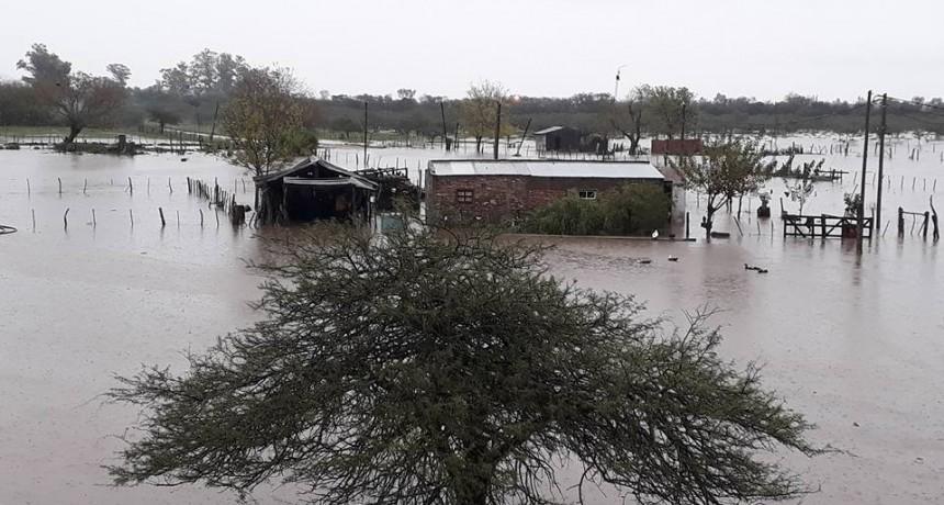 Con las ultimas lluvias se complica la situación en Federal . Imágenes