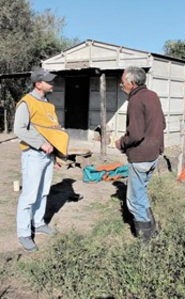 Continúa la polémica por la situación de trabajadores en estancias de los Etchevehere