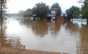 la creciente en el Paraná sería de cinco metros y llegaría el 26 de junio