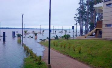 Crece el río Uruguay y hay estado de alerta en las ciudades costeras