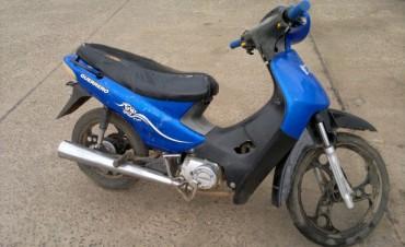 Policía recupera moto denunciada como robada