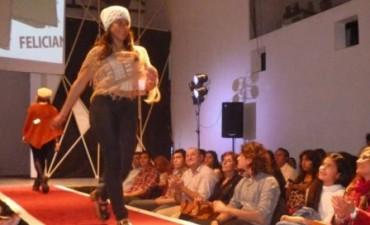 Tejedoras participaron de un evento en Feliciano
