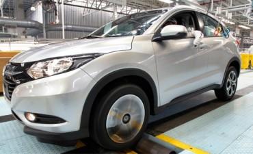 Patentar o transferir un auto ahora cuesta hasta 1.000 pesos más