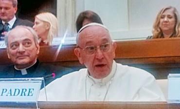 En el Vaticano afirman que disgustó al Papa donación de Macri