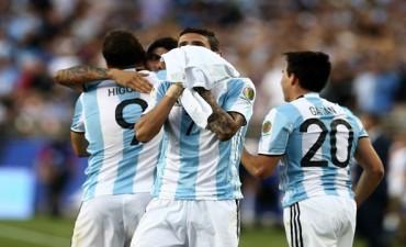 Argentina comenzó su camino en Copa América con una victoria ante Chile