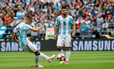 Argentina goleó a Bolivia, terminó primera en su grupo y enfrentará a Venezuela