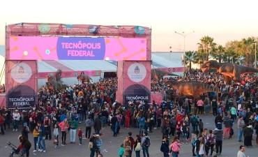 Tecnópolis Federal en Paraná ya superó las 230.000 personas