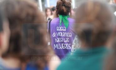 Macri volvió a reducir el presupuesto de políticas contra la violencia de género