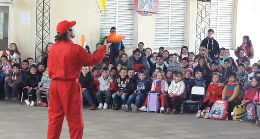 La Municipalidad de Conscripto Bernardi continúa colaborando con las distintas instituciones locales y departamentales