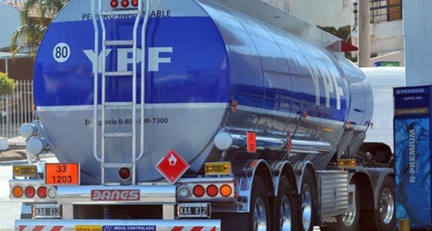 Paro de camioneros afectará la distribución de caudales y combustibles