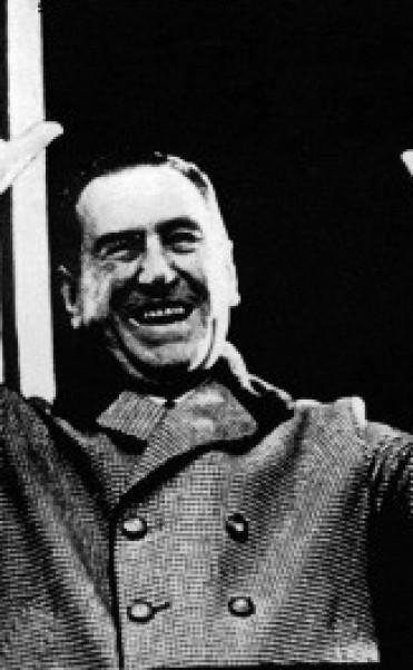 Hace 40 años en medio de un clima de incertidumbre moría el lider político del siglo XX