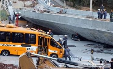 Se derrumbó una autopista en Brasil: hay al menos dos muertos