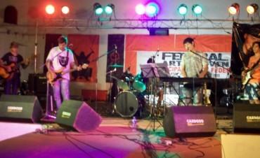 Este domingo festival de Bandas de Rock en el anfiteatro