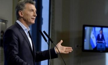 Macri cambia una ley y facilita compra de tierras a extranjeros