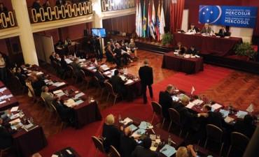 La Corte confirmó que los diputados del Parlasur no tendrán fueros