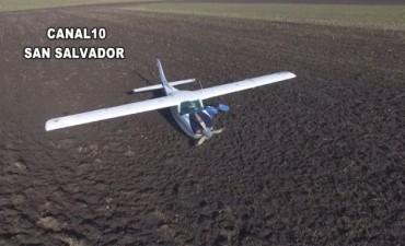El piloto de la aeronave hallada en un campo