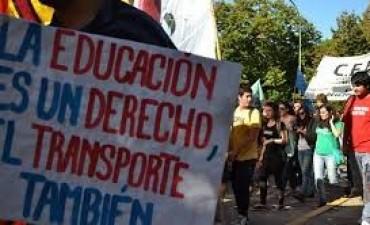 Concejales de Federal piden por descuentos en el Boleto Estudiantil