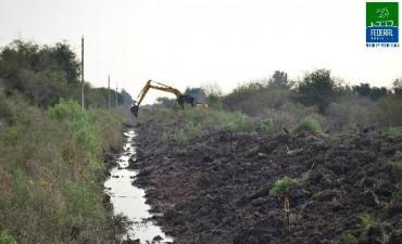Obras de canalización de agua pluvial en Colonia Federal