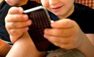 Alertan sobre los perjuicios que ocasionan dispositivos electrónicos en niños