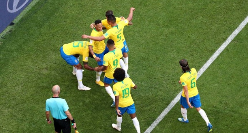 Rusia 2018: De menor a mayor, Brasil venció a México y ya está en cuartos de final