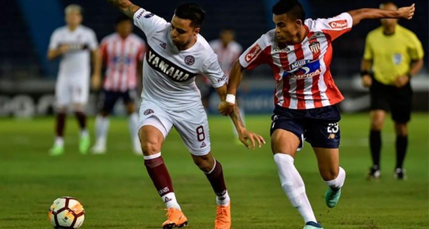 Por penales, Junior eliminó a Lanús de la Copa Sudamericana