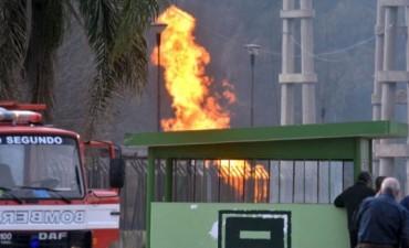 Explosión en Córdoba: De la Sota responsabilizó a la secretaría de Energía y a ENARGAS