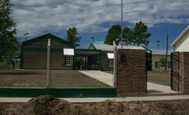 Comunidad educativa del Jardín Escuela  N° 52 reclama mejoras en calle Seghezzo