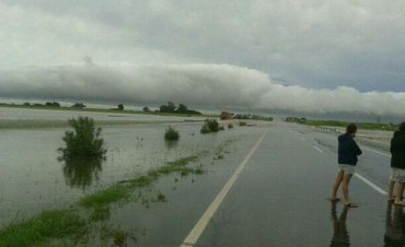 El país dividido en tres fenómenos: lluvias en el centro, ráfagas en la cordillera y calor en el norte