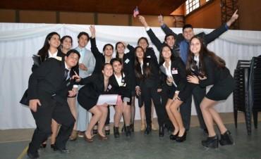 Alumnos de Escuelas Secundarias de Federal en el IV Modelo de Naciones Unidas