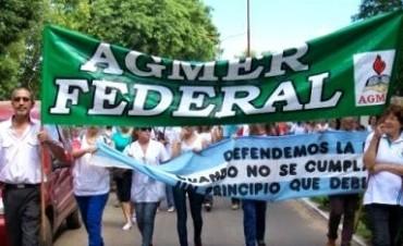 Docentes de Victoria y Federal reclaman urgente discusión salarial