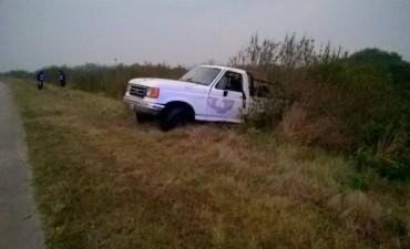 Los Conquistadores: choca una camioneta en el KM 234, el conductor de Federal sufrió heridas leves