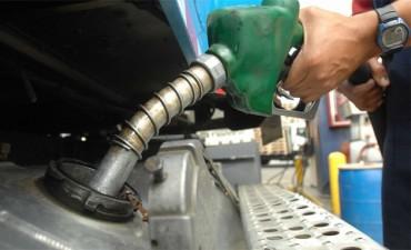 Naftas: Esperan que el congelamiento de precios revierta la caída en el consumo