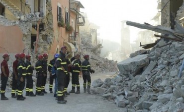 Italia: muertos por terremoto ya son 291 y se intensifica la búsqueda de desaparecidos