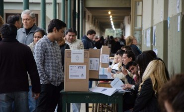 Cantidad de mesas  y escuelas donde se votara en Federal