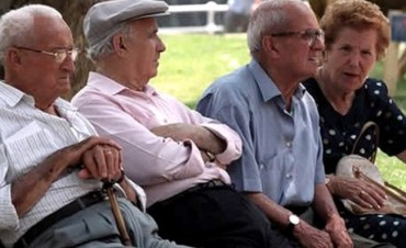 Informaron cuando cobrarán con aumento los jubilados provinciales