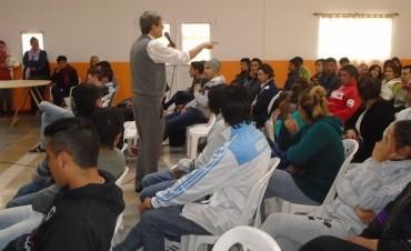 Jóvenes del departamento Federal beneficiados con el programa CRECER