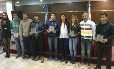 Premios Uno a deportistas, artistas e Instituciones de Federal