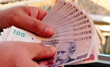 Cerca del 70% de los billetes que hay en la calle son de 100 pesos
