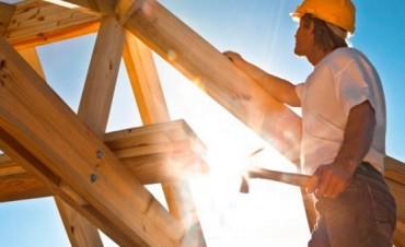 El diputado Jose A. Artusi propone  impulsar las construcciones en madera