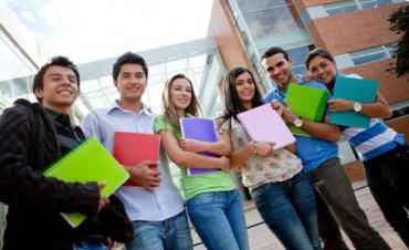 El 19% de los jóvenes argentinos de hasta 34 años tiene título universitario