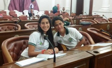 Alumnos de la Escuela Agro pasaron a la etapa final en el Senado Juvenil