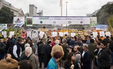 El campo lleva su protesta al Obelisco de Buenos Aires