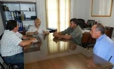 Felipe Torres y el Sindicato Municipal se reunieron por el Estatuto