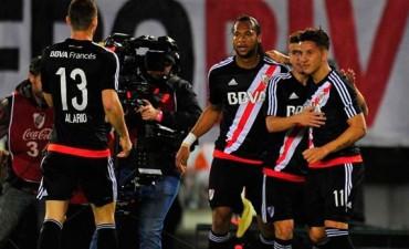 River se recuperó con una goleada ante Vélez en el Monumental