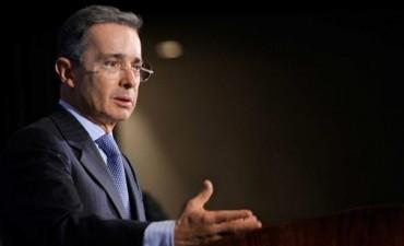 Uribe insiste en mayor pena para las FARC en propuestas para modificar acuerdo de paz